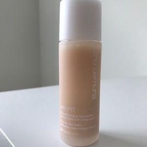 Shu Uemura Skin Fit - Medium Light Sand
